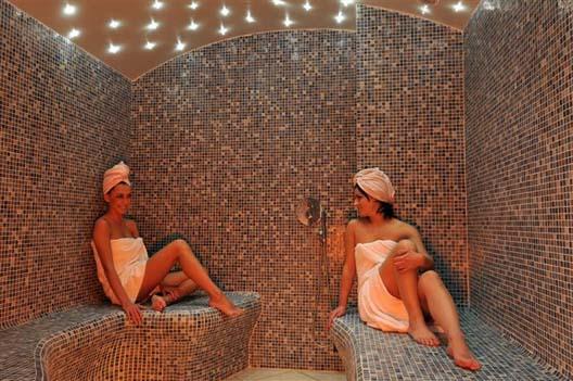 Fh denaeyer wellness center tegels mozaiek stoomcabines - Bagno turco in muratura ...